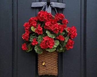 RED GERANIUM WREATH, Geranium Basket, Red Geranium Wreath, Annual Geraniums, Wall Pockets, Summer Geraniums, Basket of Red Geraniums