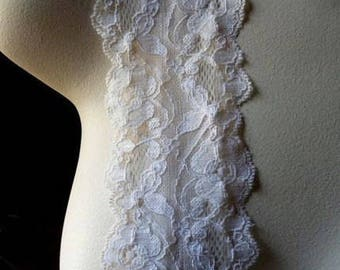 Stretch Lace  in Ivory for Bridal, Garters, Headbands, Lingerie  STR 1024