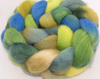 Hand dyed roving, Whitefaced Woodland, Penistone, combed tops, British rare breed, spinning fiber, Green Man