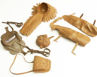 Vintage Marx Best of the West Accessories Lot Cowboy Indian Native American headdress Bag Chaps and McClellan Saddle model horse accessories