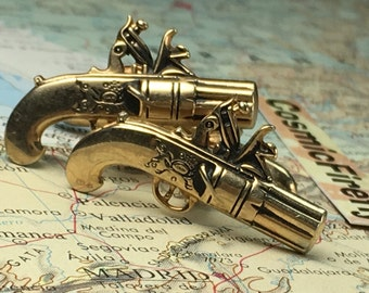 Men's Vintage Cufflinks Antique Gold Plated Pistols Gun Cufflinks Made In USA SWANK Brand Cufflinks Steampunk Cufflinks Pirate Cufflinks
