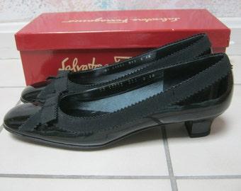 Vintage never worn black patent leather Ferragamo pumps, Salvatore Ferragamo sz 9AA low heel black patent shoe, made Italy black pumps 9 N