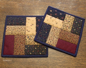 Quilted Potholders/ Country Decor / Patchwork / Hotpads / Primitive/ Handmade