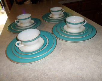 16pc service for four vintage PYREX USA turquoise teal blue and gold band dinnerware dinner plates, luncheon plates, cup & saucers