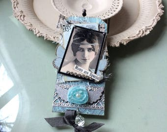 Victorian Mom Ornament - Vintage-style Teal Mom - Mom Birthday Ornament