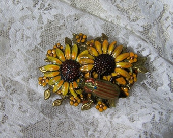 Hand Painted Sunflower Pin, Embellished Collage Brooch, Oak Leaf, Yellow Flower Charm, Autumn Leaves, Fall Colors, Nature Lover Jewelry