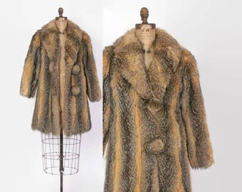 Vintage 70s Fur COAT / Boho 1970s Striped Raccoon Fur Mid-Length Cozy Coat XS - S