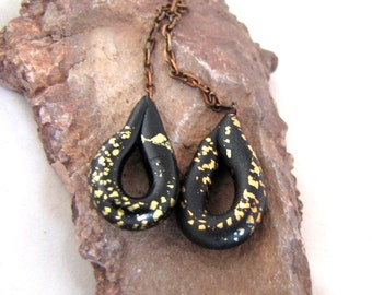 Dangling Loops Polymer Clay Black with Metallic crackle Shimmer Shine Lightweight Numi- Poly Pair (2)
