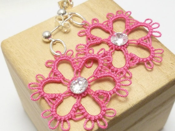 Tatting jewelry Lace Flower Earrings -Daisies with beads MTO many color choices