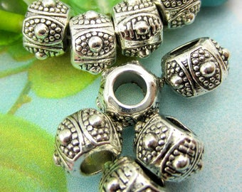 18 Antique silver beads large hole jewelry craft  beads 10mm x 7mm silver drum beads Bus(T6),