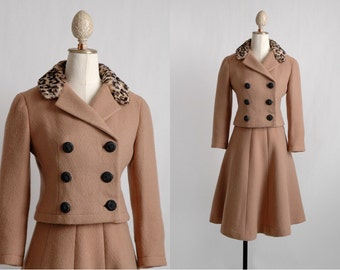 1960s Jacques Heim brown wool suit * leopard faux fur collar * SU068