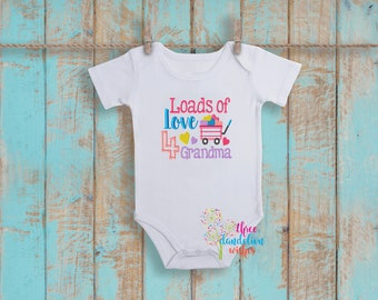 Grandma Love New Baby Bib, Terry cloth bib, baby bib, baby shower, shower gift, gift, present, baby girl, Baby shirt, Creeper