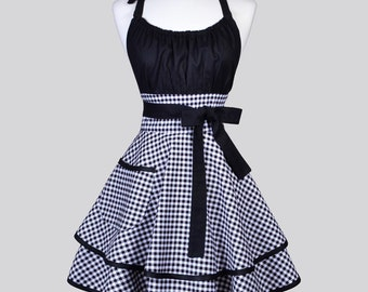 Flirty Chic Apron / A Retro Fabric in Black and White Check Gingham offers a Modern Vintage Style Cute Pinup Kitchen Womans Apron