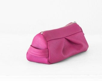 Accessory bag in hot pink leather, cosmetic case makeup bag leather storage case - Estia Bag