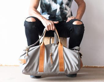 Mens duffel bag in grey, travel bag mens gym bag duffle bag mens carry on bag weekender bag crossbody bag - Nestor duffel bag