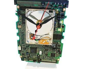 Apple iPod Hard Drive Clock on a Circuit Board all recycled. About Time! Got Office Gift?