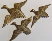 3 Brass Geese, Vintage Brass, Brass Flying Geese, Rustic Home Decor, Country Cottage, Decorative Grouping, Office Wall Hanging, Brass Decor