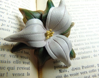 Vintage Trillium Flower Leather Brooch Pin