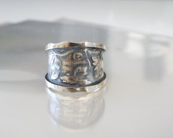 Vintage Sterling Silver 925 Rustic Berry Vine Oxidized Band Ring Size Fits 8.5