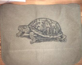 TURTLE BAG -- Canvas messenger bag -- large field bag -- adjustable strap