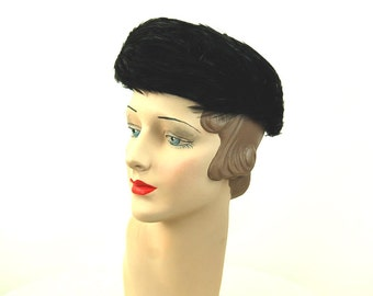 1960s feather hat pill box glossy black feathers Christine Original Size 22