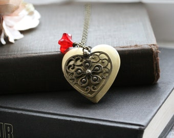 Heart locket necklace, picture locket necklace, gift for her, large heart locket, gift for wife, gift for girlfriend - Amelia