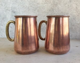 """Pair of 5"""" tall vintage copper steins w/ heavy brass handles, Moscow Mule tankard, vintage brass and copper jugs, holiday barware drinkware"""