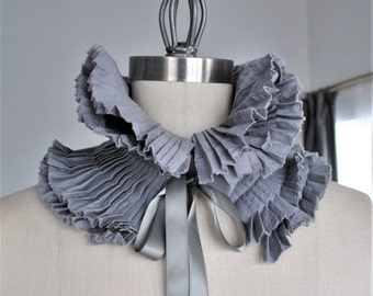 Grey Pleated Ruffle Collar/More colors/Detachable collar/Pleated collar/Ruffled scarf/Ruffle wrap/gift idea/Neck piece/ rusteam tt team team