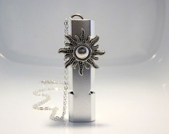 Sun Whistle Necklace, Personal Safety, Location Device, Camping Gear, Silbato de Deguridad, Silver Sun Pendant, Outdoor Hiking Supplies