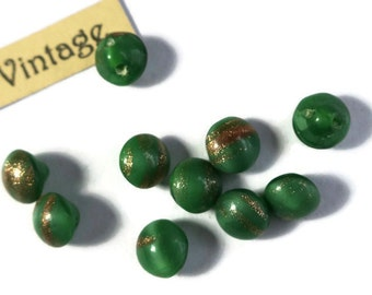 """Vintage Buttons Foil Green Gold Tiny Self Shank 1/4"""" 6mm Doll NOS Chalk Kelly Green with gold foil bronze (978SQ )"""