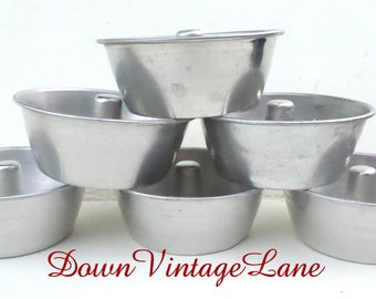 6 Vintage Small Angel Food Cake Pans All Sorts of Uses, Jello, Cakes, Trinkets, Buttons, Baubles
