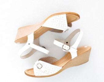 SALE 70s Wedge Sandals * Boho Heels * Vintage 1970s Peep Toe Wedges * size