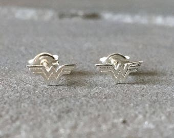 Wonder Woman Earrings, Sterling Silver Wonder Woman Studs, Superhero Earrings, Comic Con Earrings, Comic Con Jewelry, Superhero Jewelry