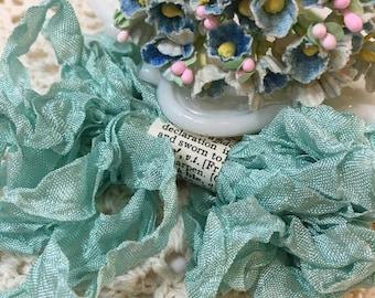 Shabby Sapphire blue Crinkled Seam Binding Trim