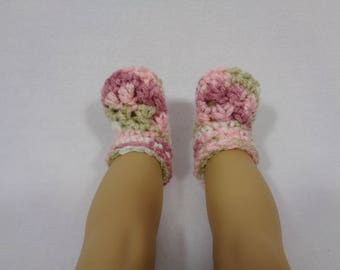 18 Inch Doll Booties and Hat, Pink, Tan and White Crochet Beanie and Slippers for American Girl, Winter Cap for Doll, Gift for Little Girl