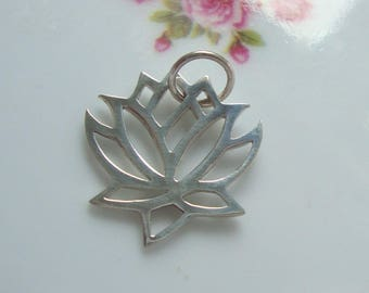 1 pc, 18x19mm, Sterling Silver Tiny Small Lotus Pendant Charm, PC-0195