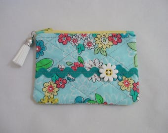 Quilted COIN Purse Pouch / Tiny Zippered Pouch / Tiny FLORAL Art Cosmetic Purse / Purse Organizer /Flowers Pouch