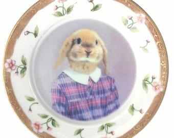 "SALE - Damaged - Loppy Sue, School Portrait Plate 6.25"""