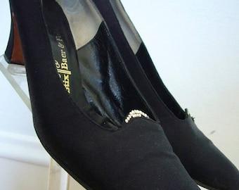 SALE - 1960s Black Heels / Pumps / Rhinestone Trim / Stix Baer & Fuller / Formal Shoes / Size 8
