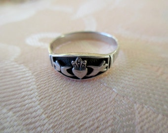 sterling Claddagh Ring - band, Irish, size 9, heart