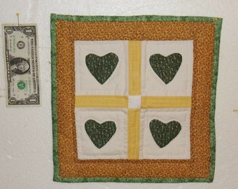 WALL HANGING 12X12 inches, Yellow Green White, Hand Appliqued & ;Quilted, Hearts, Traditional Quilt Pattern,  Made in GA Mountains, Autumn