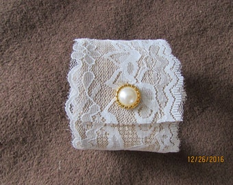 Burlap and lace napkin ring, rustic chic