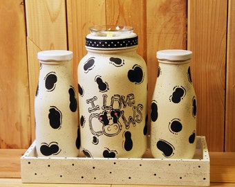 Mason Jars, Hand Painted Cows, I LOVE COWS, 2 Milk Bottles with Matching Wooden Tray Q020