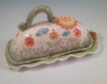 Butterdish/lidded butter dish/pottery butter dish/serving dish/flowered pottery