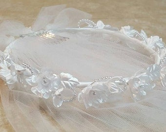 White Silk Flower Pearl Communion Wreath Veil Miniature Bride Flower Girl Headpiece