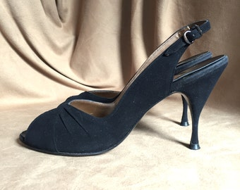 Vintage 50's Black Suede Pumps Size 8.5, Peep Toe, Curvy High Heel, Babydoll, Rockabilly, Pin Up Style