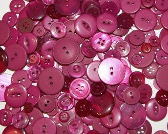 25 Deep Pink, Red Violet Raspberry Buttons, Assorted sizes, Grab Bag, Crafting, Jewelry  Collect (1064)