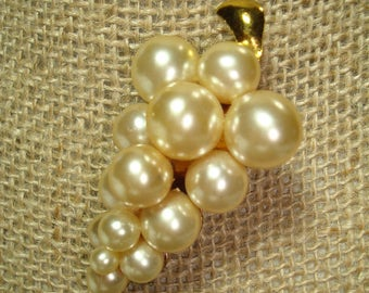 1960s Large Ivory Colored Grape Cluster Pin of Faux Pearls.