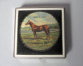 Vintage ladies face powder compact with Man O War