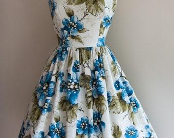 1950s Large Floral Print Dress